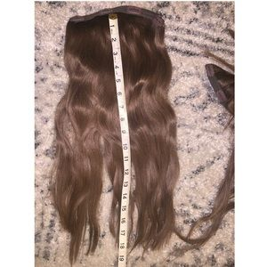 irresistible me Accessories - Luxy clip in extensions / ash brown